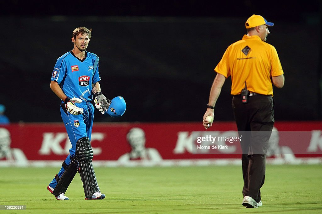 Kane Richardson of Adelaide comes back onto the field after being given out, but later called back during the Big Bash League match between the Adelaide Strikers and the Perth Scorchers at Adelaide Oval on January 10, 2013 in Adelaide, Australia.