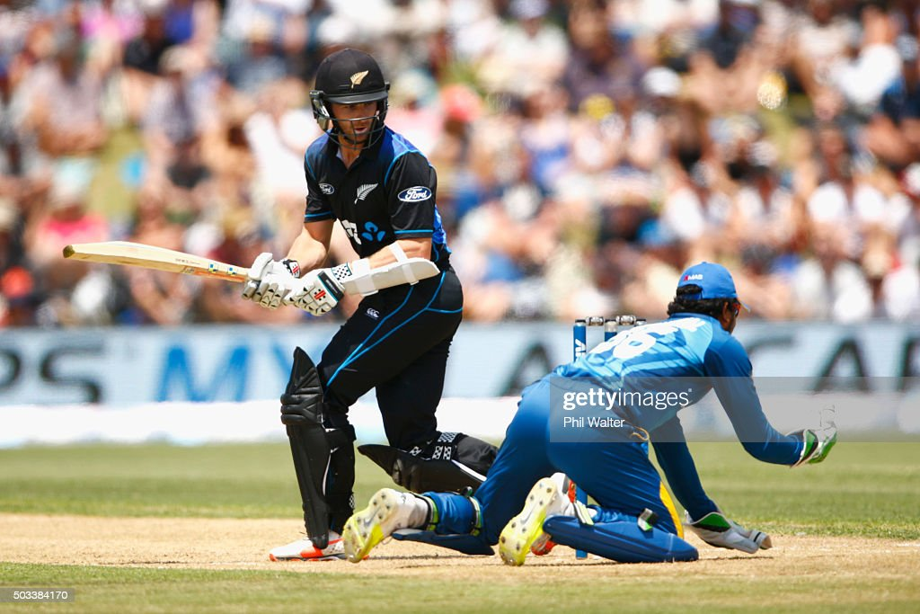 <a gi-track='captionPersonalityLinkClicked' href=/galleries/search?phrase=Kane+Williamson&family=editorial&specificpeople=4738503 ng-click='$event.stopPropagation()'>Kane Williamson</a> of New Zealand is caught by <a gi-track='captionPersonalityLinkClicked' href=/galleries/search?phrase=Dinesh+Chandimal&family=editorial&specificpeople=4884949 ng-click='$event.stopPropagation()'>Dinesh Chandimal</a> of Sri Lanka game five of the One Day International series between New Zealand and Sri Lanka at Bay Oval on January 5, 2016 in Mount Maunganui, New Zealand.