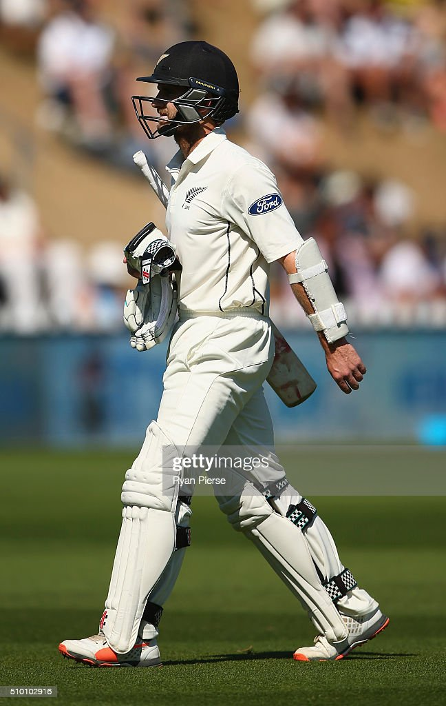 <a gi-track='captionPersonalityLinkClicked' href=/galleries/search?phrase=Kane+Williamson&family=editorial&specificpeople=4738503 ng-click='$event.stopPropagation()'>Kane Williamson</a> of New Zealand looks dejected after being dismissed by Josh Hazlewood of Australia during day three of the Test match between New Zealand and Australia at Basin Reserve on February 14, 2016 in Wellington, New Zealand.