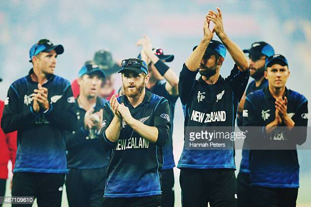 Kane Williamson of New Zealand thanks the crowd with the team after winning the 2015 ICC Cricket World Cup match between New Zealand and the West...