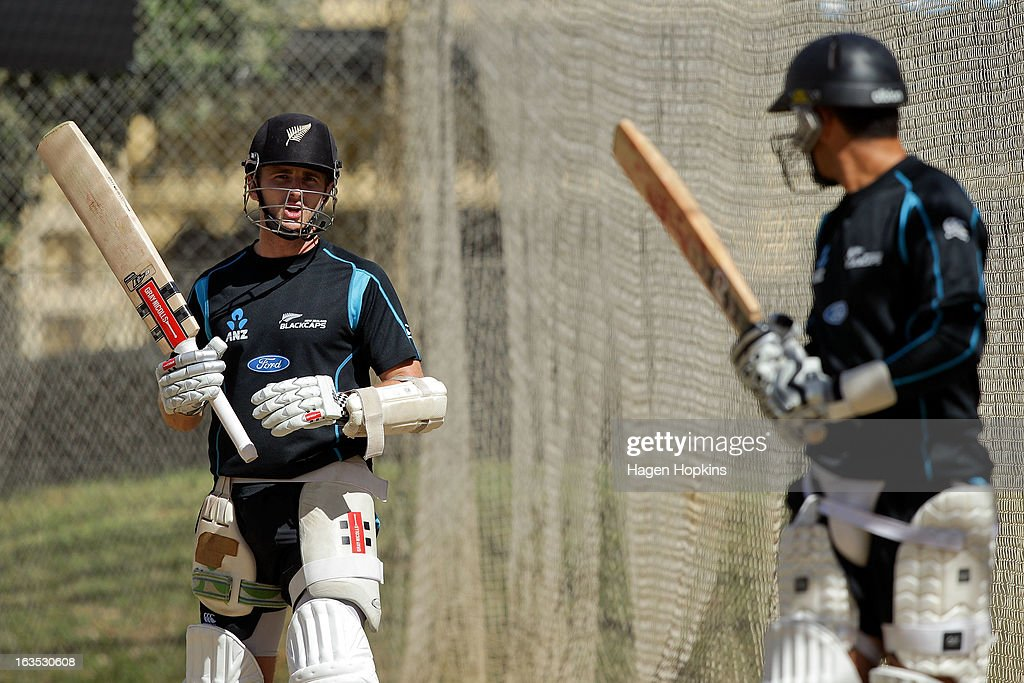 <a gi-track='captionPersonalityLinkClicked' href=/galleries/search?phrase=Kane+Williamson&family=editorial&specificpeople=4738503 ng-click='$event.stopPropagation()'>Kane Williamson</a> (L) speaks to teammate <a gi-track='captionPersonalityLinkClicked' href=/galleries/search?phrase=Ross+Taylor&family=editorial&specificpeople=845922 ng-click='$event.stopPropagation()'>Ross Taylor</a> during a New Zealand training session at Basin Reserve on March 12, 2013 in Wellington, New Zealand.