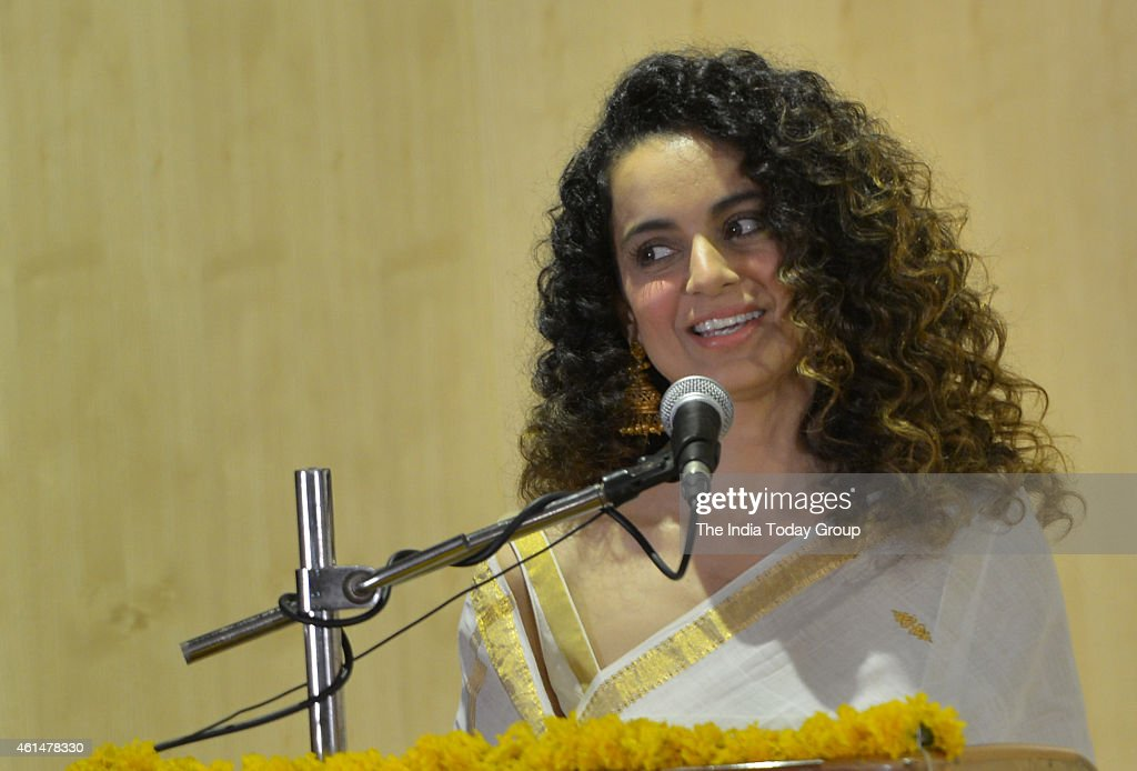 <a gi-track='captionPersonalityLinkClicked' href=/galleries/search?phrase=Kangana+Ranaut&family=editorial&specificpeople=4325041 ng-click='$event.stopPropagation()'>Kangana Ranaut</a> celebrate Swami Vivekanand birthday at Ramkrishna math in Mumbai.