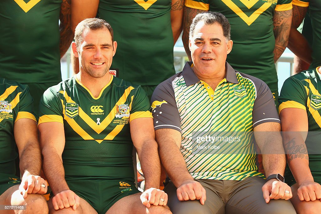 Kangaroos captain <a gi-track='captionPersonalityLinkClicked' href=/galleries/search?phrase=Cameron+Smith+-+Jogador+de+Rugby+League&family=editorial&specificpeople=453295 ng-click='$event.stopPropagation()'>Cameron Smith</a> and coach <a gi-track='captionPersonalityLinkClicked' href=/galleries/search?phrase=Mal+Meninga&family=editorial&specificpeople=553339 ng-click='$event.stopPropagation()'>Mal Meninga</a> pose during the Australia Kangaroos Test team photo session at Crowne Plaza Coogee on May 2, 2016 in Sydney, Australia.