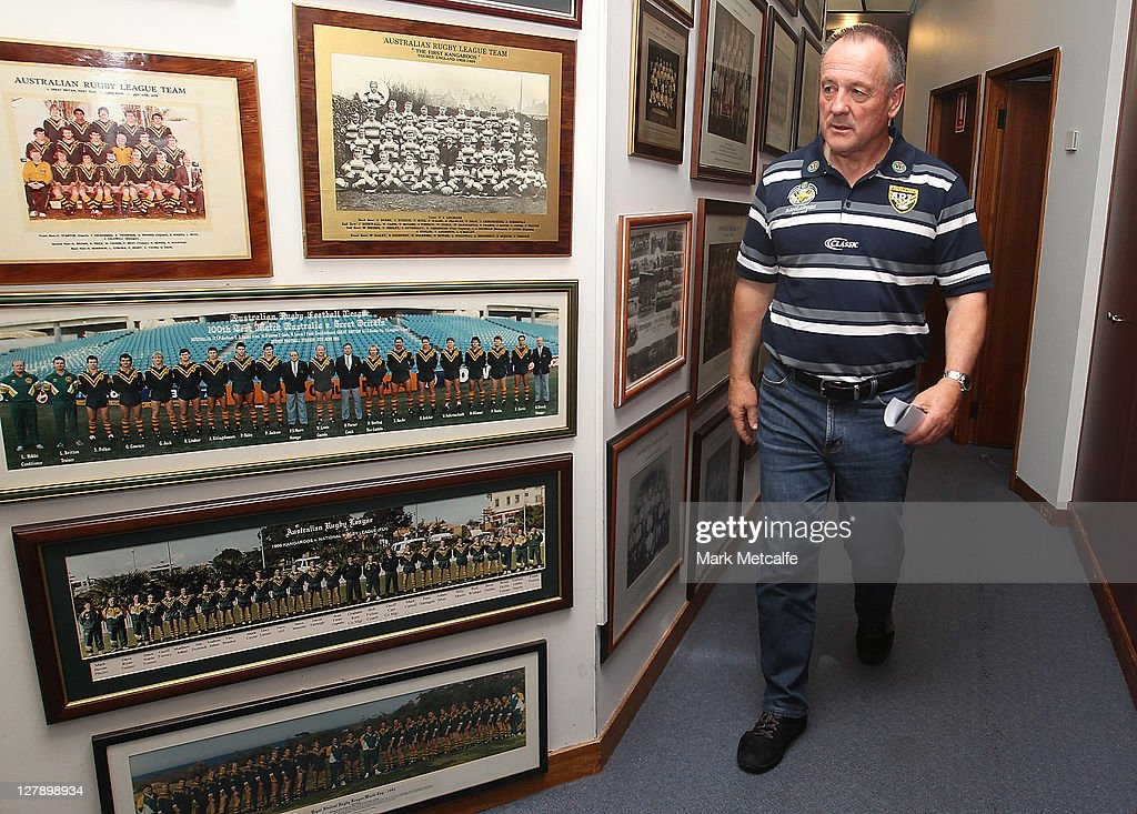 Kangaroos coach Tim Sheens arrives at an ARL Australian Kanagaroos squad announcement at NSW Leagues Club on October 3, 2011 in Sydney, Australia.