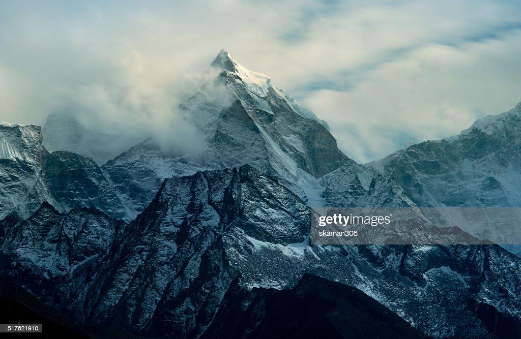 Kangtega peak (6779) from Dingboche village on the way to everest basecamp