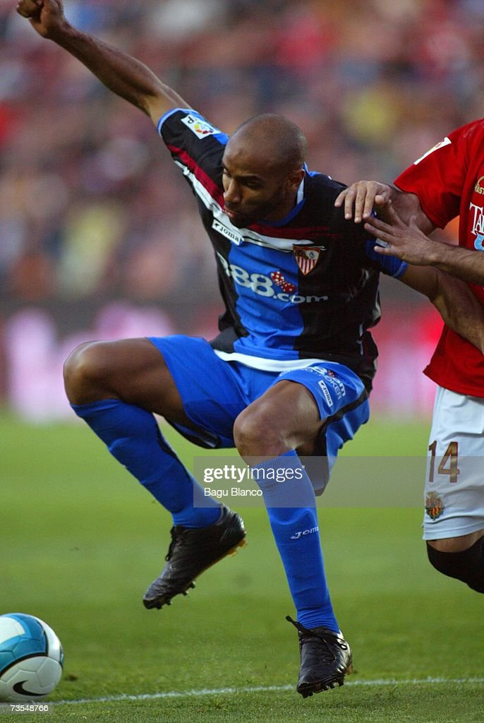 Kanoute of Sevilla is seen in action during the match between Gimnastic de Tarragona and Sevilla of La Liga on March 11 2007 at the Nou Estadi...