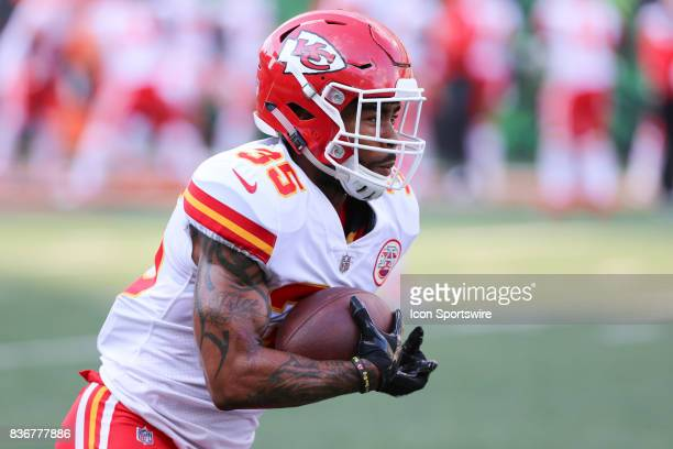 Kansas City Chiefs running back Charcandrick West carries the ball before the preseason game against the Kansas City Chiefs and the Cincinnati...