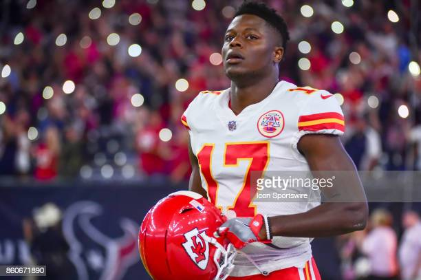 Kansas City Chiefs wide receiver Chris Conley warms up before the football game between the Kansas City Chiefs and Houston Texans on October 8 2017...