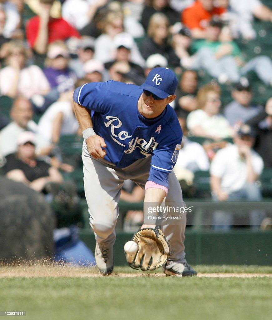 Kansas City Royals' 3rd Baseman, <a gi-track='captionPersonalityLinkClicked' href=/galleries/search?phrase=Alex+Gordon+-+Baseball+Player&family=editorial&specificpeople=4494252 ng-click='$event.stopPropagation()'>Alex Gordon</a> fields a ground ball during their game versus the Chicago White Sox May 13, 2007 at U.S. Cellular Field in Chicago, Illinois. The Royals would defeat the White Sox 11-1.