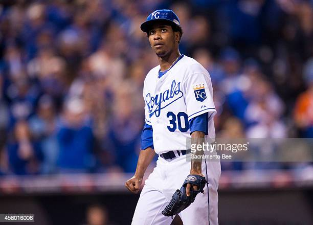 Kansas City Royals starting pitcher Yordano Ventura walks off the field in the fifth inning against the San Francisco Giants in Game 6 of the World...