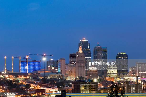 Skyline di Kansas City al crepuscolo