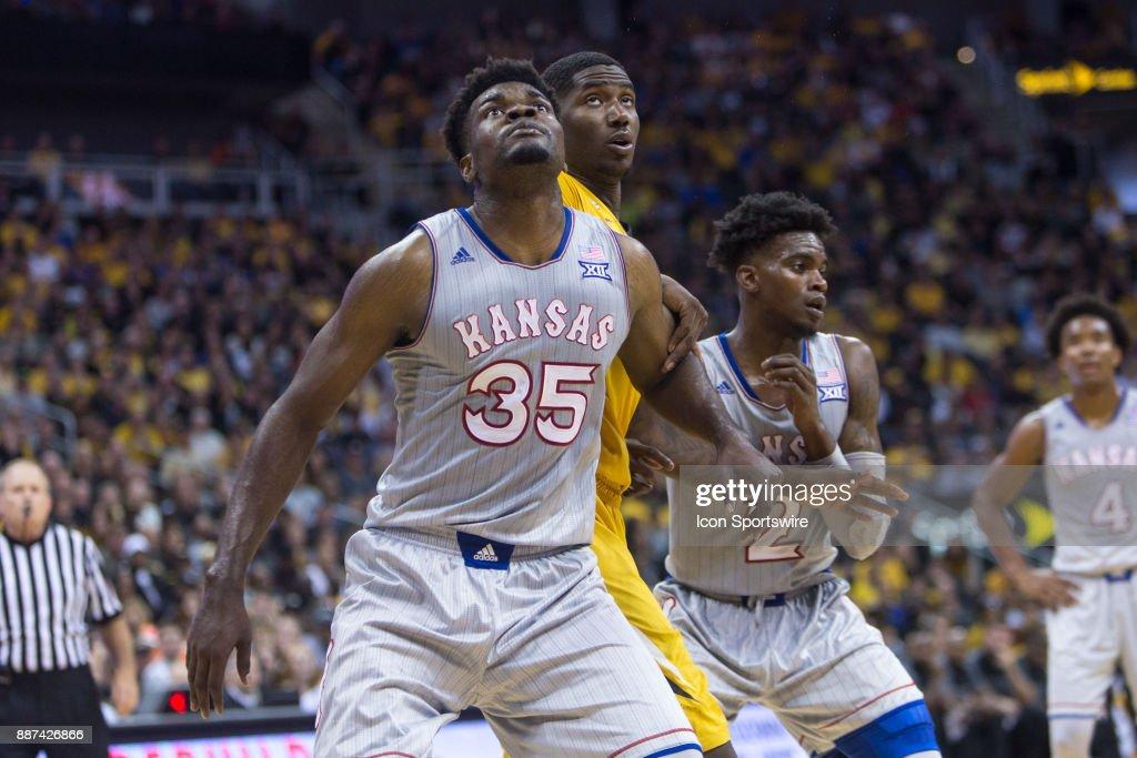 Kansas Jayhawks center Udoka Azubuike (35) during the preseason Showdown for Relief college basketball game between the Missouri Tigers and the Kansas Jayhawks on October 22, 2017 at Sprint Center in Kansas City, Missouri.
