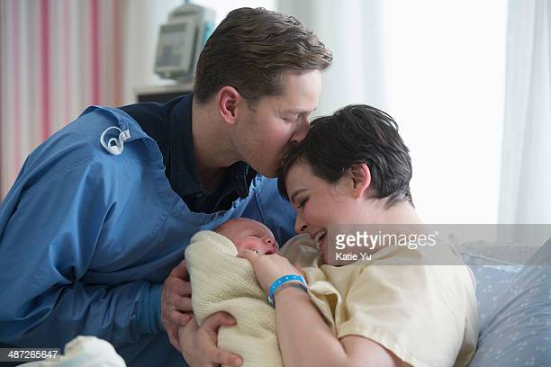 TIME 'Kansas' With Mary Margaret in labor and due to give birth at any moment the residents of Storybrooke go on high alert in an attempt to ensure...