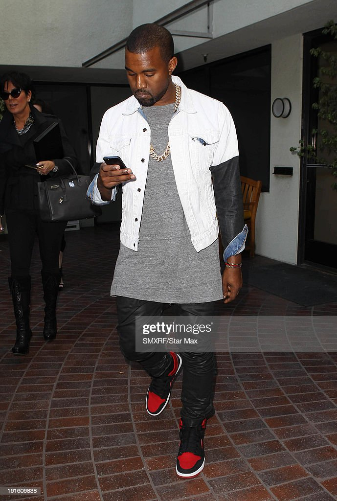 <a gi-track='captionPersonalityLinkClicked' href=/galleries/search?phrase=Kanye+West+-+Muzikant&family=editorial&specificpeople=201803 ng-click='$event.stopPropagation()'>Kanye West</a> as seen on February 12, 2013 in Los Angeles, California.