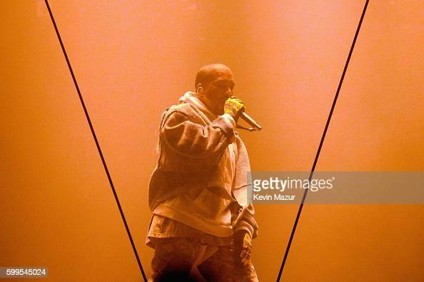 Concert Photos Et Images De Collection Getty Images