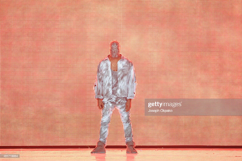 <a gi-track='captionPersonalityLinkClicked' href=/galleries/search?phrase=Kanye+West+-+Musician&family=editorial&specificpeople=201803 ng-click='$event.stopPropagation()'>Kanye West</a> performs on stage at Wireless Festival at Finsbury Park on July 4, 2014 in London, United Kingdom.
