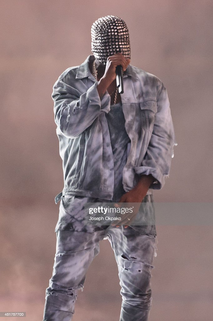 <a gi-track='captionPersonalityLinkClicked' href=/galleries/search?phrase=Kanye+West+-+Musician&family=editorial&specificpeople=201803 ng-click='$event.stopPropagation()'>Kanye West</a> performs on stage at Wireless Festival at Finsbury Park on July 5, 2014 in London, United Kingdom.