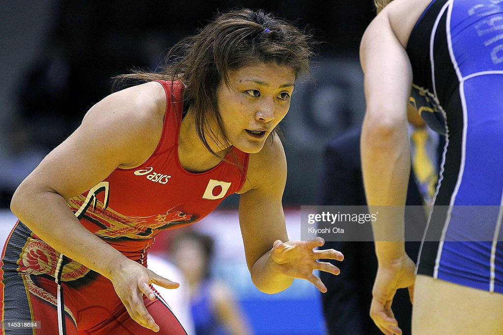 <a gi-track='captionPersonalityLinkClicked' href=/galleries/search?phrase=Kaori+Icho&family=editorial&specificpeople=2374687 ng-click='$event.stopPropagation()'>Kaori Icho</a> of Japan competes against Elena Pirozhkova of the United States in the 63kg division of the second round match between Japan and the United States during day one of the 2012 Female Wrestling World Cup at Yoyogi National Gymnasium on May 26, 2012 in Tokyo, Japan.