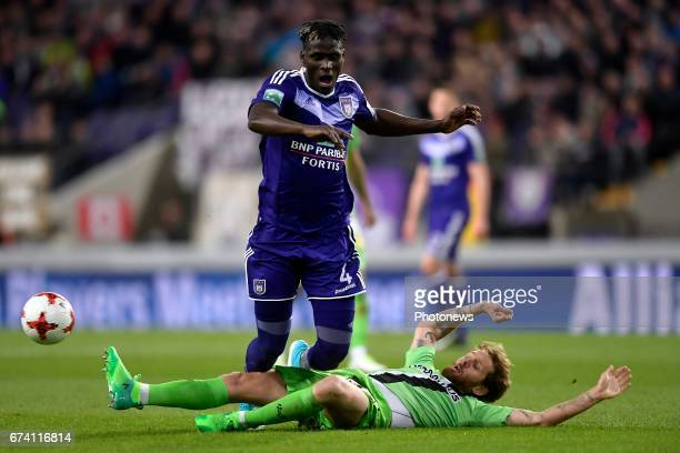 Kara Serigne Modou Mbodji defender of RSC Anderlecht battles for the ball with Damien Marcq midfielder of Sporting Charleroi during the Jupiler Pro...