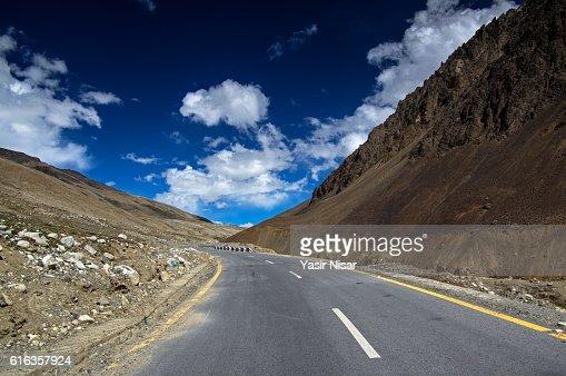 Karakoram Highway, Gilgit Baltistan : Stock Photo