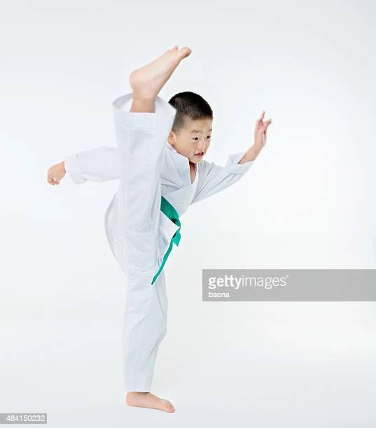 Karate-Jungen