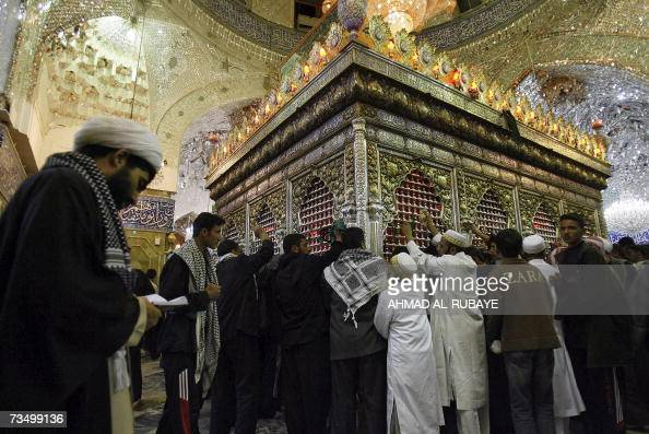 8 ـ شرك القبور والفتنة بالمقبور Karbala-iraq-muslim-shiites-pray-over-the-tomb-of-imam-abbas-bin-ali-picture-id73499136?s=594x594