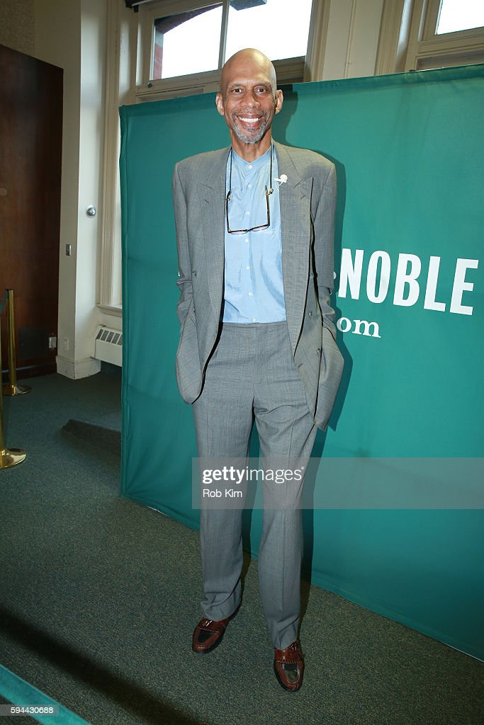 """Kareem Abdul-Jabbar Signs Copies Of """"Writings On The Wall: Searching For A New Equality Beyond Black And White"""""""