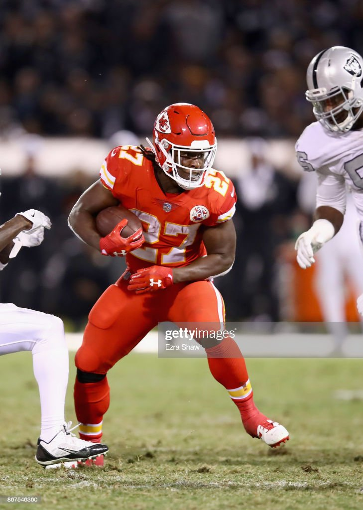 Kareem Hunt #27 of the Kansas City Chiefs in action against the Oakland Raiders at Oakland-Alameda County Coliseum on October 19, 2017 in Oakland, California.