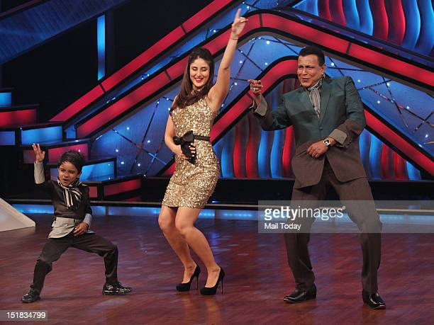 Kareena Kapoor dances with Mithun Chakraborty on the sets of Zee TV's Dance Ke Superstars in Mumbai