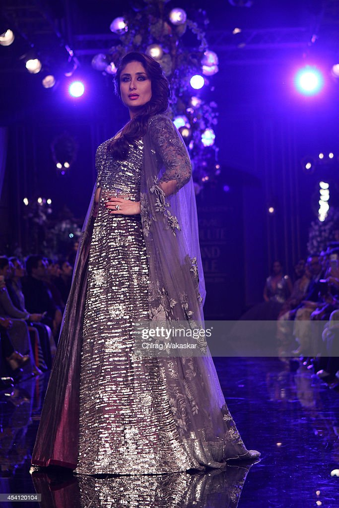 <a gi-track='captionPersonalityLinkClicked' href=/galleries/search?phrase=Kareena+Kapoor&family=editorial&specificpeople=855270 ng-click='$event.stopPropagation()'>Kareena Kapoor</a> showcases designs by Manish Malhotra during day 5 of Lakme Fashion Week Winter/Festive 2014 at The Palladium Hotel on August 24, 2014 in Mumbai, India.
