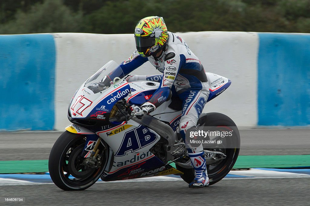 Karel Abraham of Czech and Cardion AB Motoracing heads down a straight during the MotoGP Tests In Jerez - Day 4 at Circuito de Jerez on March 25, 2013 in Jerez de la Frontera, Spain.
