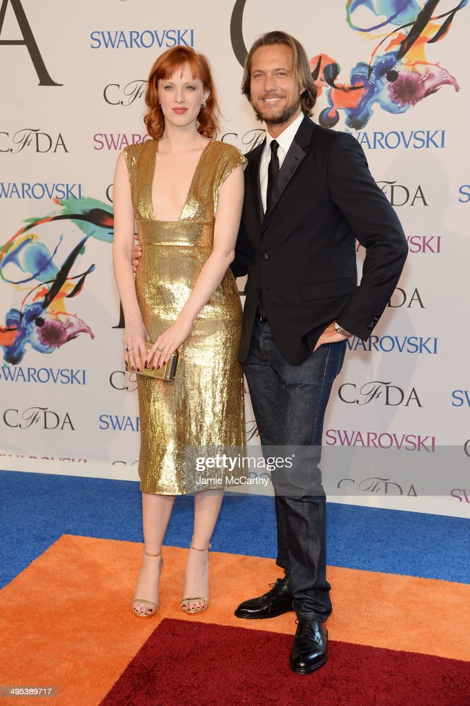 <a gi-track='captionPersonalityLinkClicked' href=/galleries/search?phrase=Karen+Elson&family=editorial&specificpeople=754972 ng-click='$event.stopPropagation()'>Karen Elson</a> attends the 2014 CFDA fashion awards at Alice Tully Hall, Lincoln Center on June 2, 2014 in New York City.