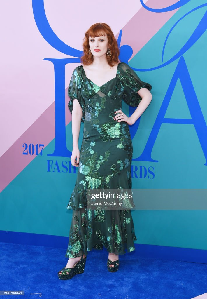 Karen Elson attends the 2017 CFDA Fashion Awards at Hammerstein Ballroom on June 5, 2017 in New York City.