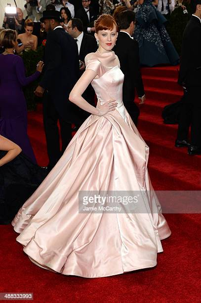 Karen Elson attends the 'Charles James Beyond Fashion' Costume Institute Gala at the Metropolitan Museum of Art on May 5 2014 in New York City