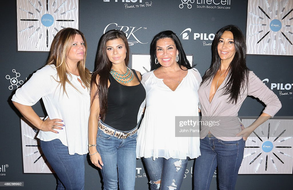 Karen GravanoMarissa JadeCarla Facciolo and Renee Graziano attend GBK's New York Fashion Week Style Lounge 2015 Day 1 on September 14 2015 in New...