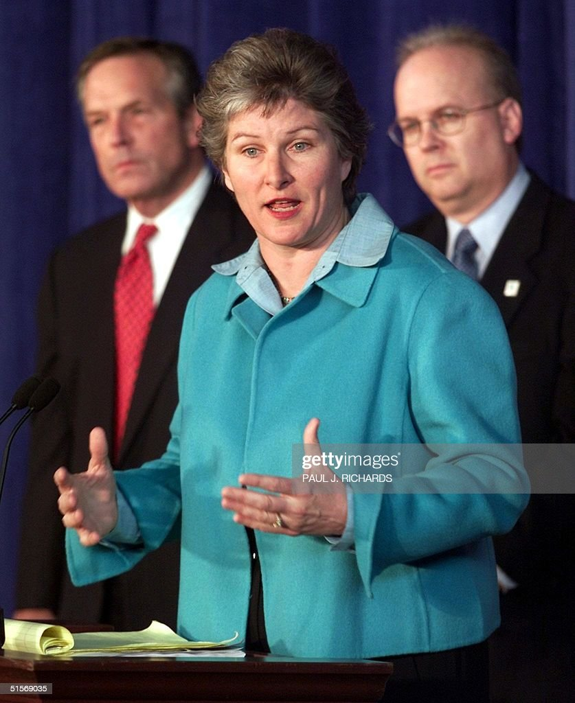 Karen Hughes Director of Communications for Rebublican presidental candidate Gov George W Bush talks to the media as Don Evens Campaign Chairman and...