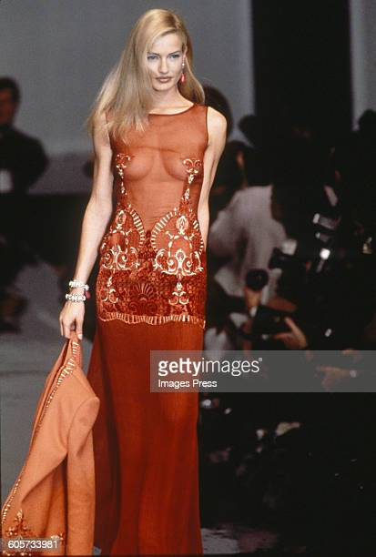 Karen Mulder at the Christian Dior Fall 1995 show circa 1995 in Paris France