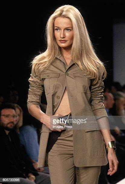 Karen Mulder at the Ralph Lauren Spring 1997 show circa 1996 in New York City