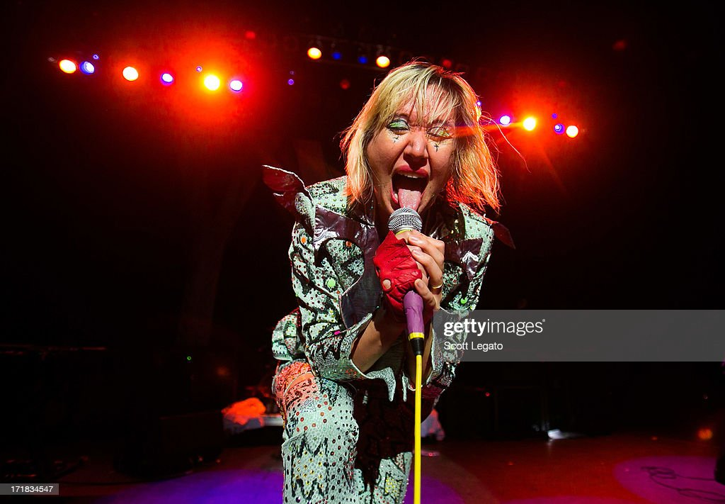 <a gi-track='captionPersonalityLinkClicked' href=/galleries/search?phrase=Karen+O&family=editorial&specificpeople=213098 ng-click='$event.stopPropagation()'>Karen O</a> of the Yeah Yeah Yeahs performs at The Fillmore on June 28, 2013 in Detroit, Michigan.
