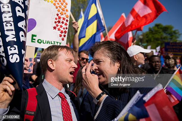 Karen Young from Washington DC argues with an opponents of samesex marriage near the Supreme Court April 28 2015 in Washington DC On Tuesday the...