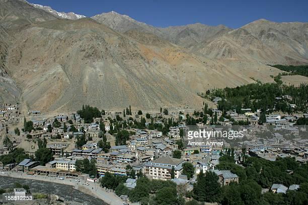 Kargil: City amidst barren mountains