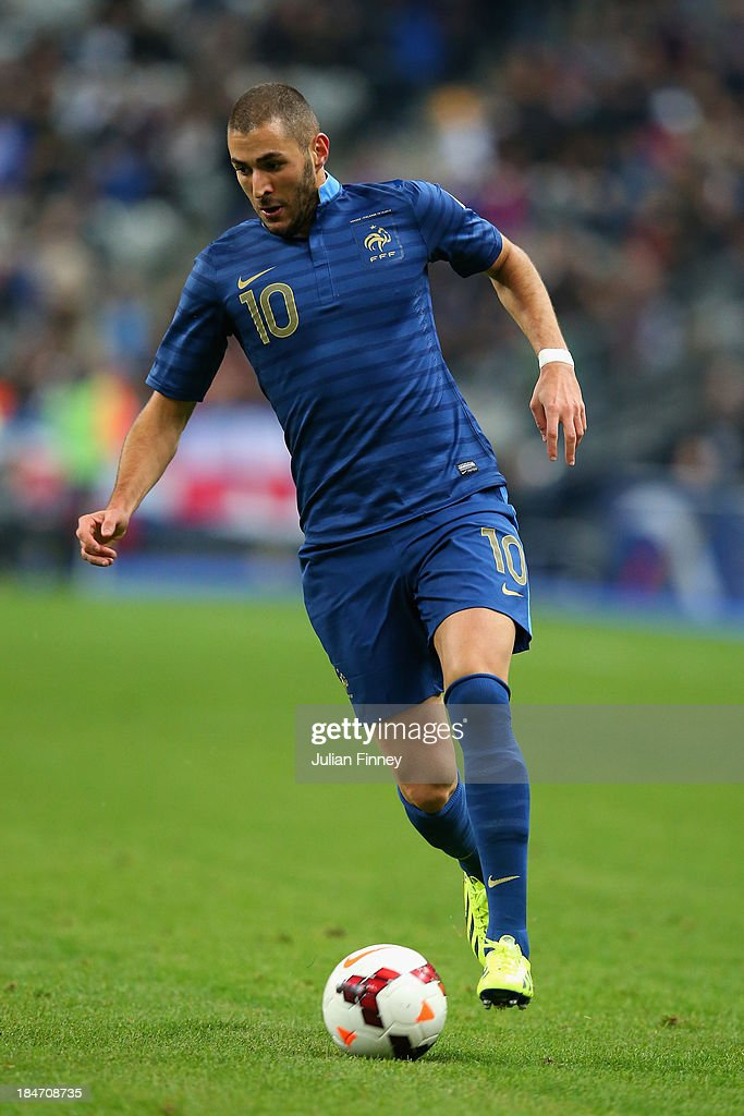 <a gi-track='captionPersonalityLinkClicked' href=/galleries/search?phrase=Karim+Benzema&family=editorial&specificpeople=796089 ng-click='$event.stopPropagation()'>Karim Benzema</a> of France in action during the FIFA 2014 World Cup Qualifying Group I match between France and Finland at the Stade de France on October 15, 2013 in Paris, France.