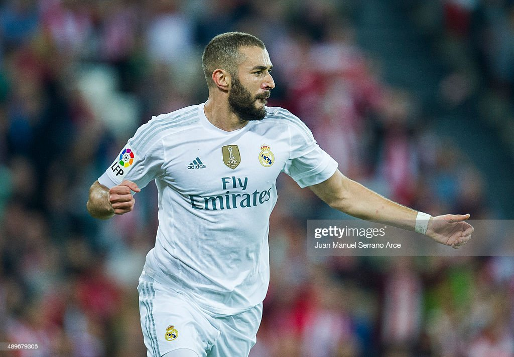 Karim Benzema of Real Madrid CF celebrates after scoring during the La Liga match between Athletic Club Bilbao and Real Madrid CF at San Mames Stadium on September 23, 2015 in Bilbao, Spain.