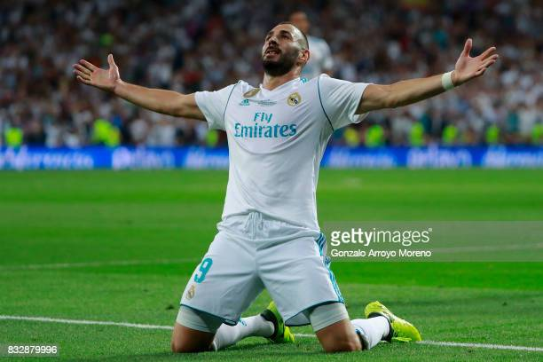Karim Benzema of Real Madrid CF celebrates scoring their second goal during the Supercopa de Espana Final 2nd Leg match between Real Madrid and FC...