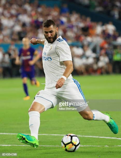 Karim Benzema of Real Madrid controls the ball against in the first half against Barcelona during their International Champions Cup 2017 match at...
