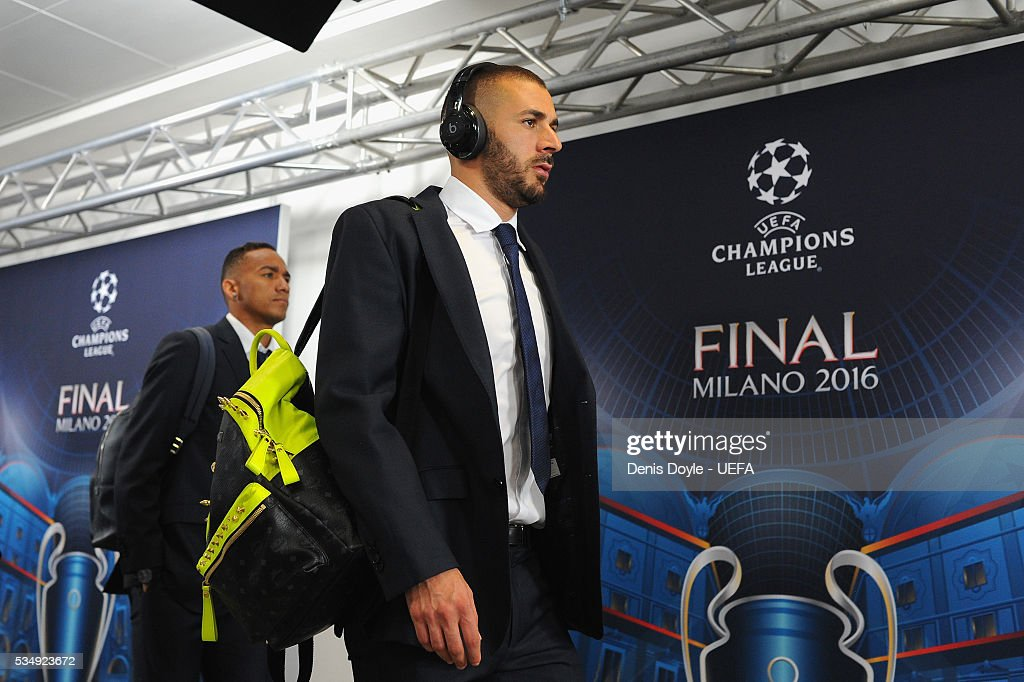 <a gi-track='captionPersonalityLinkClicked' href=/galleries/search?phrase=Karim+Benzema&family=editorial&specificpeople=796089 ng-click='$event.stopPropagation()'>Karim Benzema</a> of Real Madrid is seen on arrival at the stadium prior to the UEFA Champions League Final between Real Madrid and Club Atletico de Madrid at Stadio Giuseppe Meazza on May 28, 2016 in Milan, Italy.