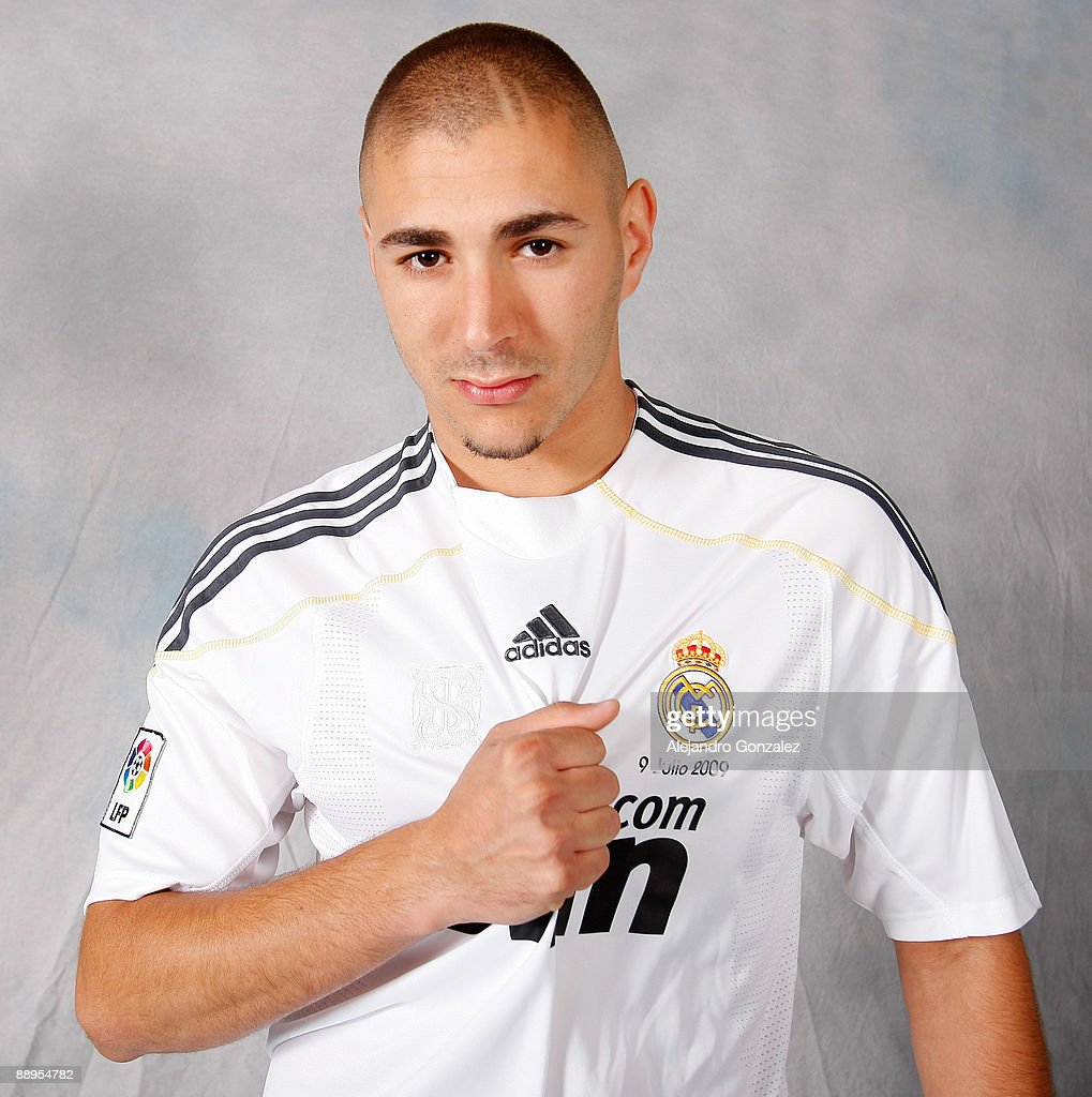 Real Madrid Presents Karim Benzema As New Player s and