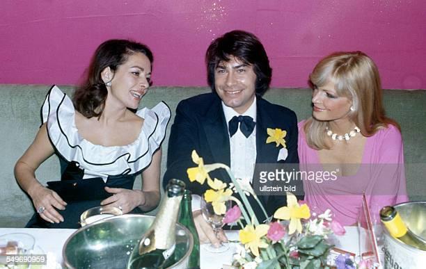 Karin Dor Roy Black mit Frau Silke Vagts Fotomodell Filmball um 1976