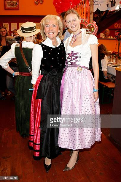 Karin Stoiber and Melanie Wiegand attend 'Regines Damenwiesn' at Hippodrom at the Theresienwiese on September 28 2009 in Munich Germany Oktoberfest...