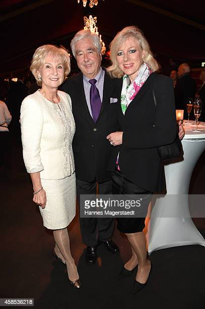 Karin Stoiber Fritz Scherer and his wife Claudia Scherer attend the Premiere Schuhbecks Teatro on November 6 2014 in Munich Germany